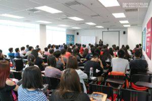 Career Talk Dato' Thavalingam, Senior Partner from Messrs. Lee Hishamuddin Allen _ Gledhill 2015
